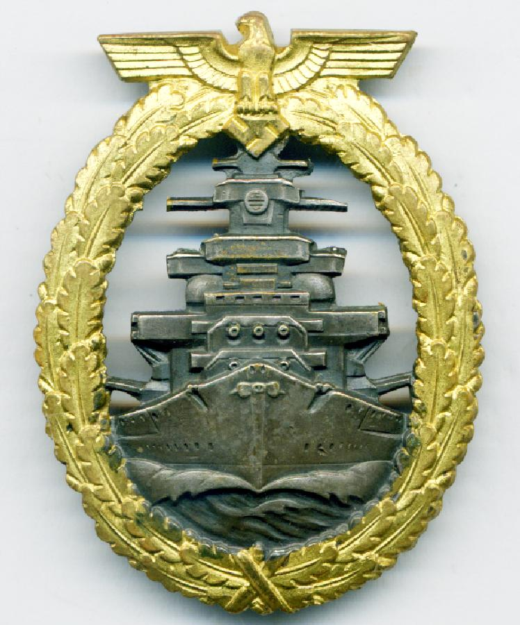 THE HIGH SEAS FLEET BADGE  FOR COLLECTORS TO VIEW