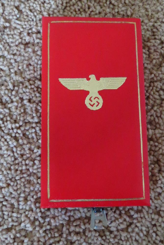 Eagle Order  3rd Class <BR> Case For Sale